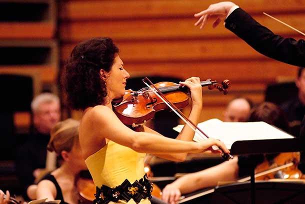 Alda Dizdari in Concert Northern Lights Symphony Orchestra