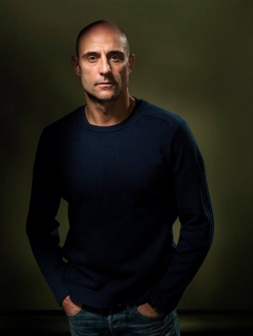 Mark Strong View From The Bridge Wyndham Theatre Young Vic London