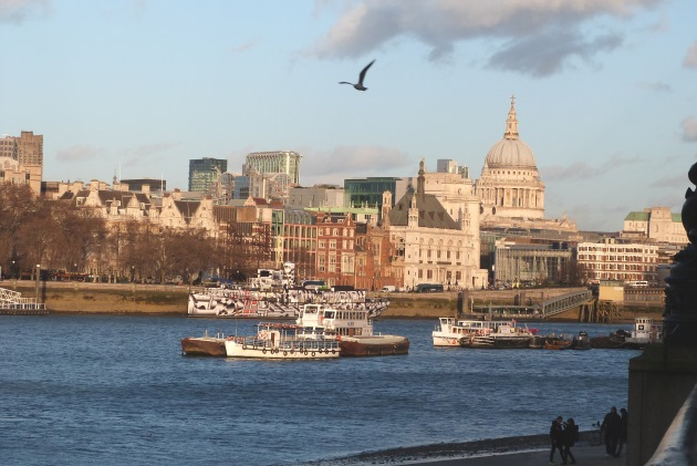 London Southbank St Pauls Cathedral River Thames Boats