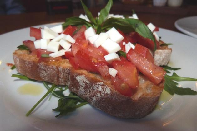Bruschetta Studio 6 London Southbank Mediterranean Food Tomatoes Bread