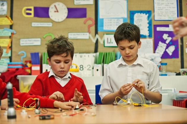 The Dominie School London Battersea Boys Learning Dyslxia Dyspraxia